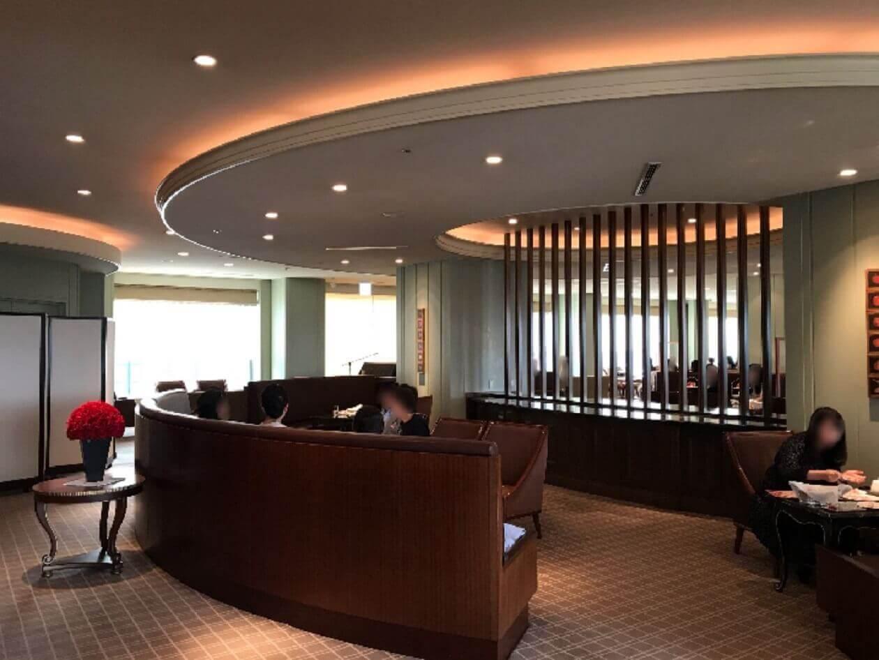帝国ホテルのラウンジアクア内